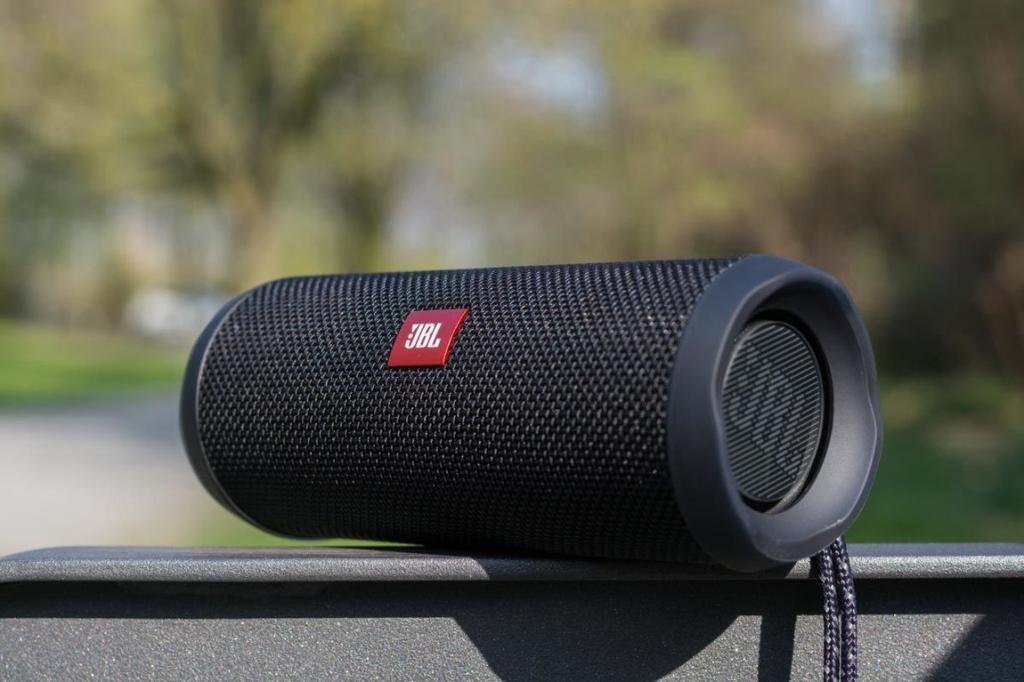 Портативная колонка JBL Flip 4 USB Bluetooth Радио