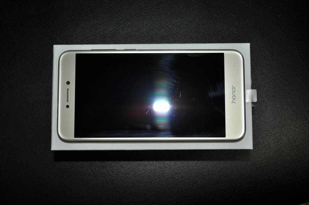 Huawei Honor 8 Lite 32Gb RAM 4гб.в отл. сост